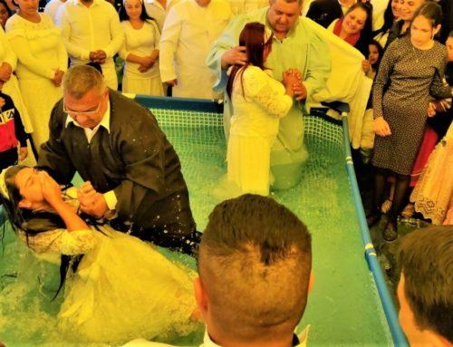 Twenty-eight new believers baptised in Romania